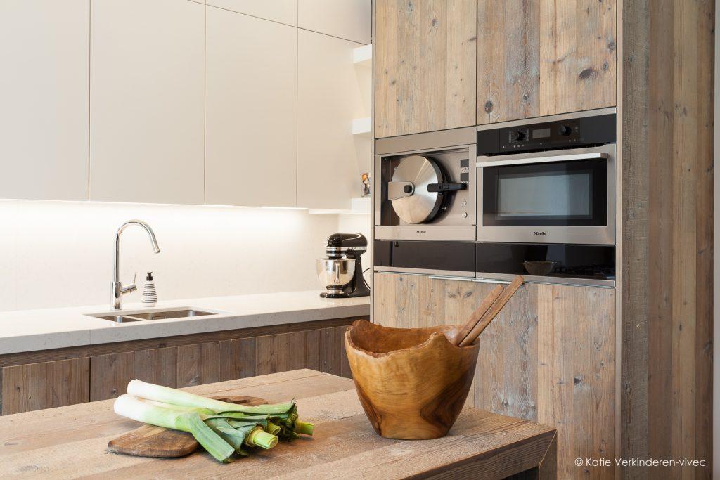 Sfeervolle keuken in een gerenoveerd herenhuis