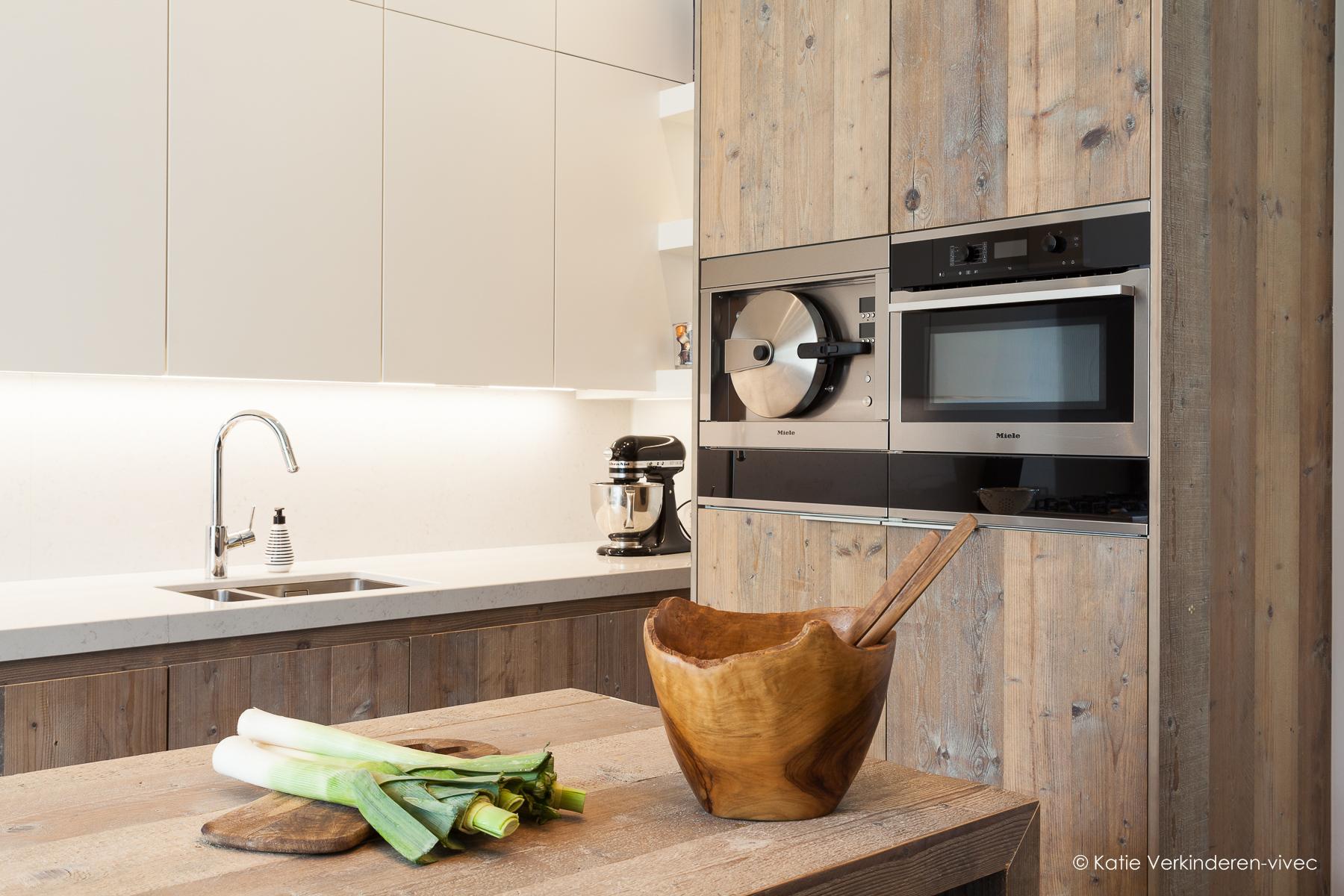 Houten Keuken Ideas : Hout in je interieur interior ideas een catalogus om bij weg te